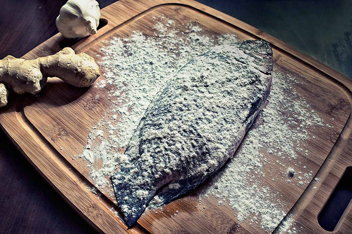fish floured for crispy ginger fish recipe
