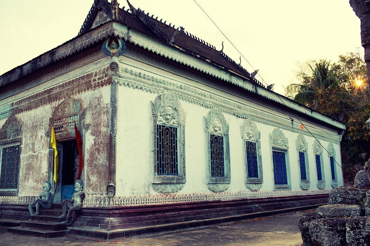 the Sacred Ox and Sacred Gem temple at Phnom Chisor